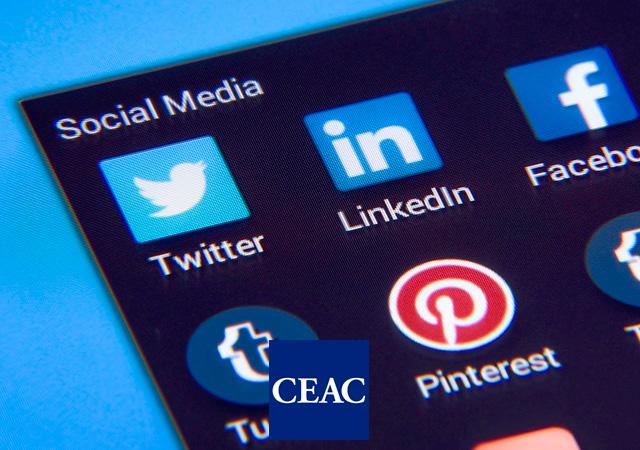 Cómo encontrar empleo Redes Sociales