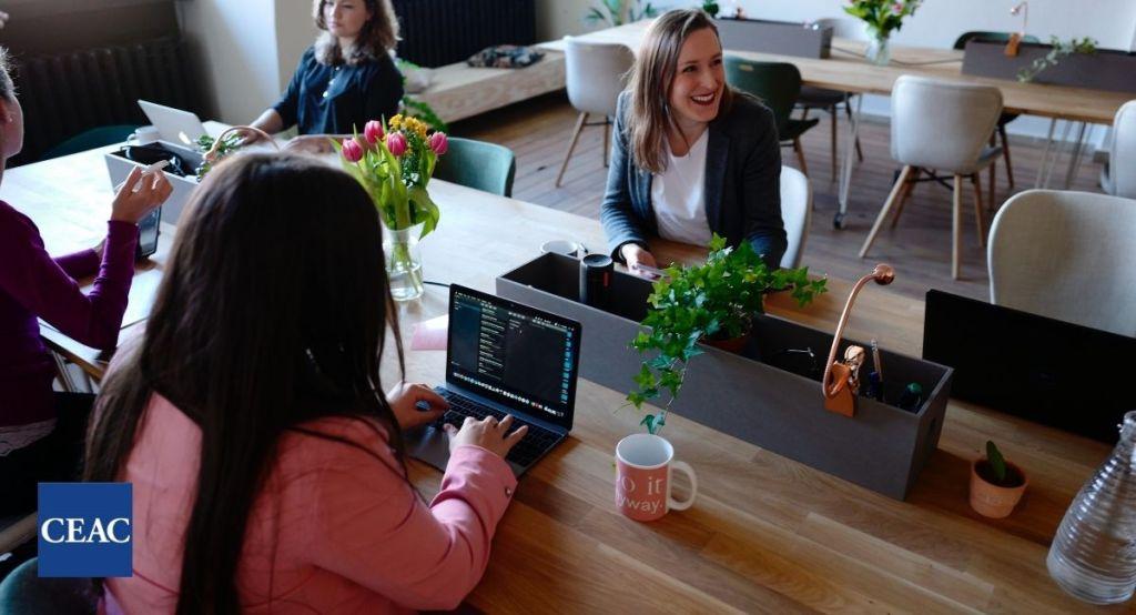 ¿Cómo mejorar la relación con tus compañeros de trabajo?